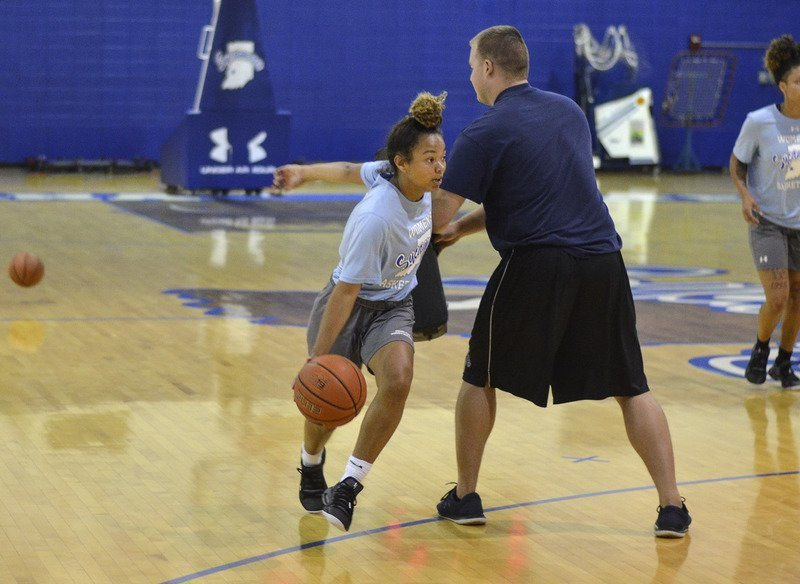 Bonding with themselves, community important for ISU women