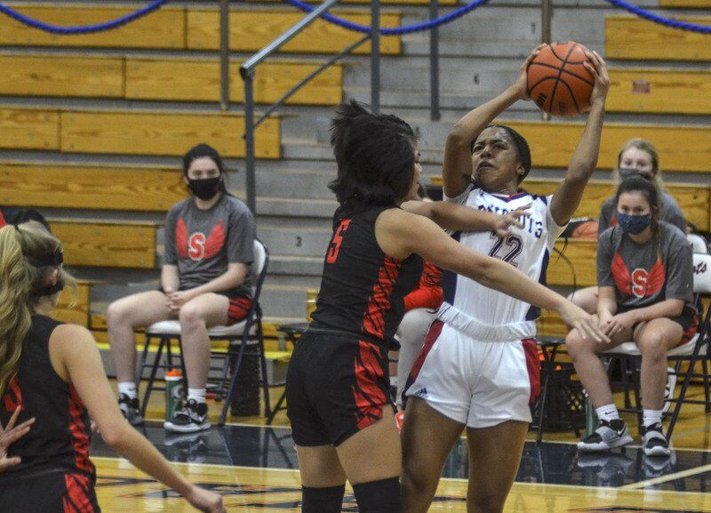 Red-hot Stewart, Patriots cruise past Southport