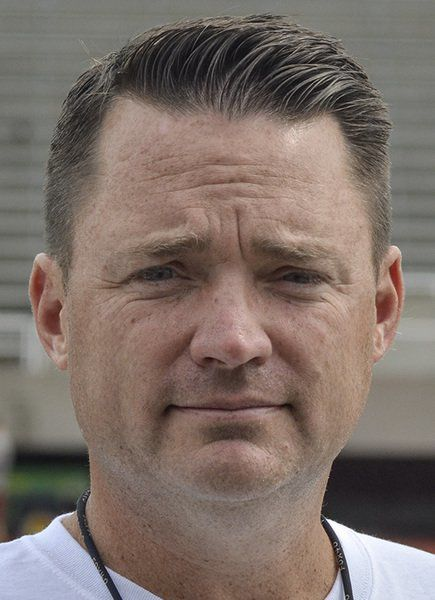 ROSE-HULMAN FB PREVIEW: Starting with DIII power, Engineers' football schedule not for sissies