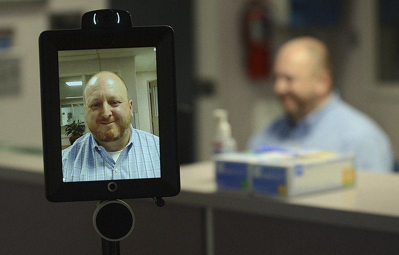 Union Hospital deploys 'robots' in fight against COVID-19