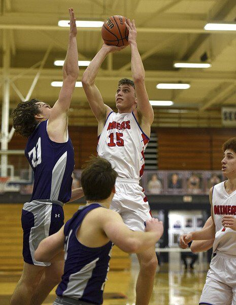 Linton's Hale decides to find a new hoops home