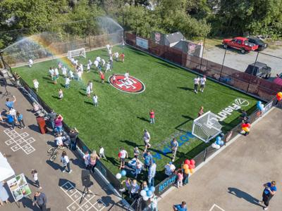 49ers Bring New Turf Fitness Zone to SV