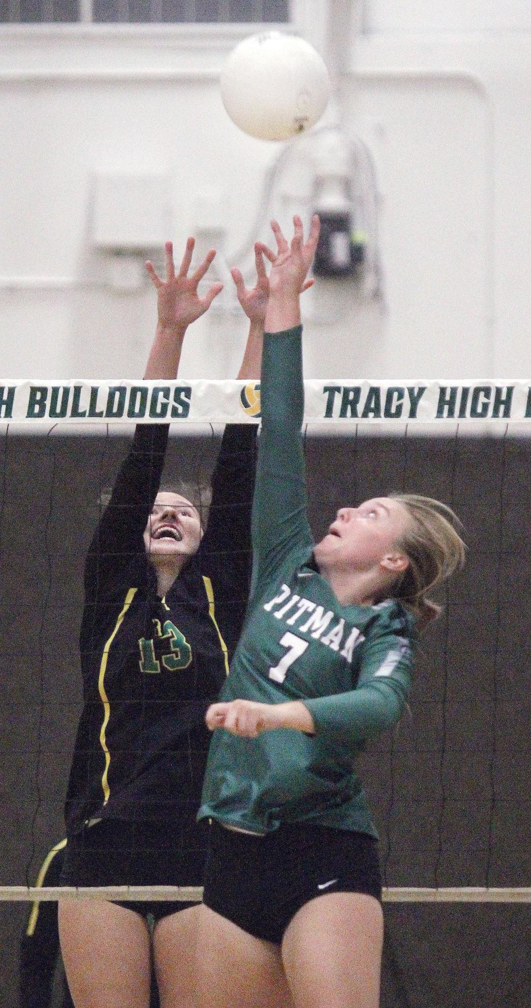 Tracy beats Pitman