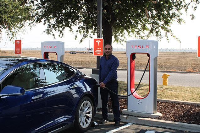 Tesla V3 Superchargers up and humming