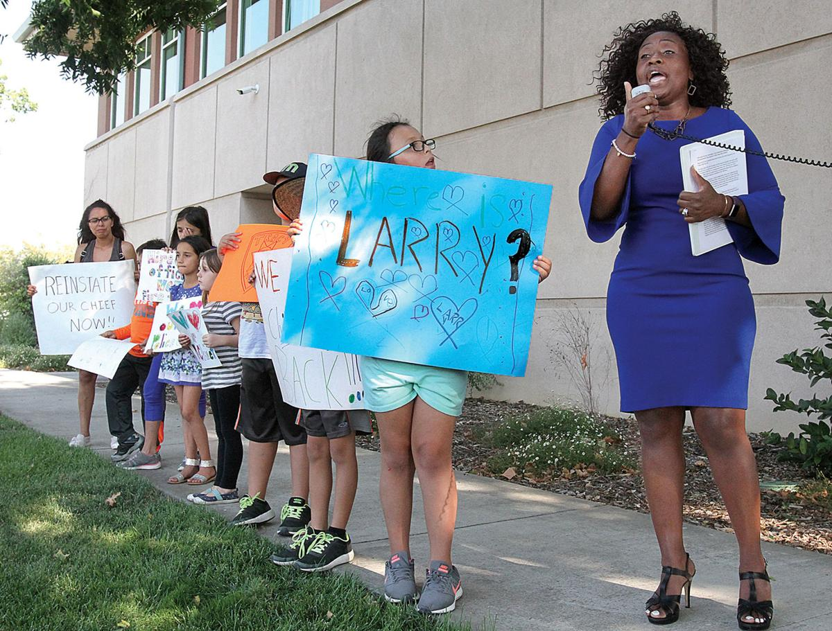 Residents rally for Esquivel