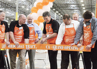 They Came They Sawed And Opened A Home Depot Warehouse Tracy Press Ttownmedia Com