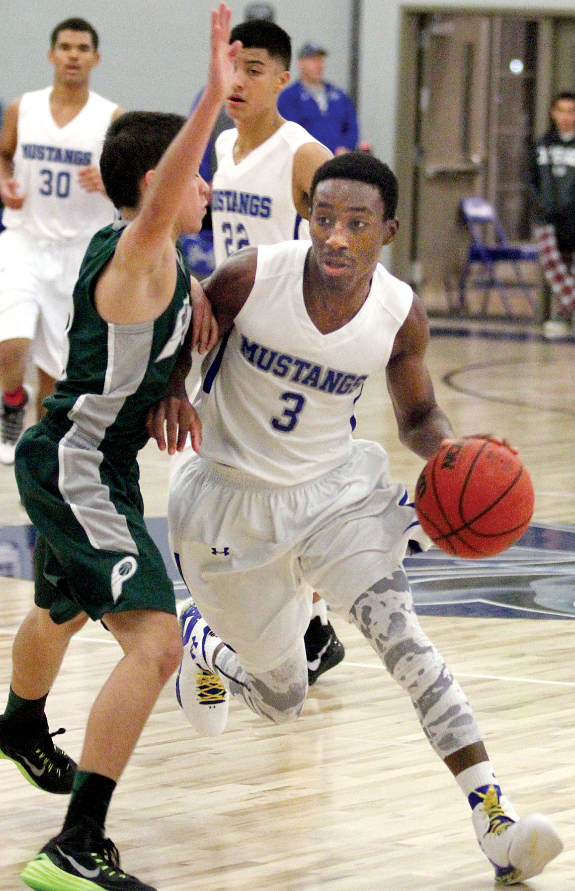 Mustangs hold on to beat Bruins