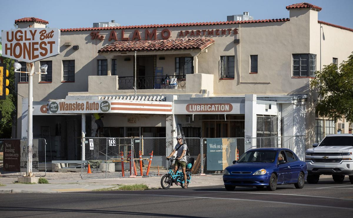 Five Points Auto Sales >> Tucson S Five Points Intersection To Get New Apartment