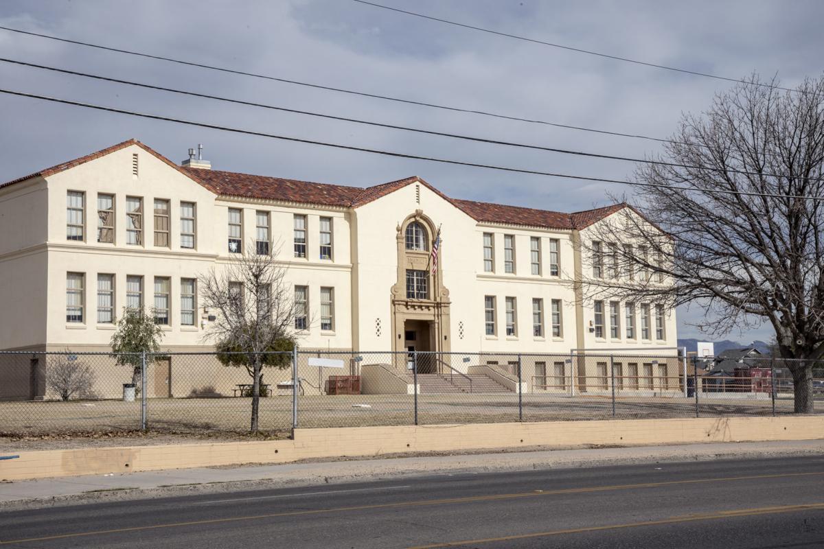 Roskruge K-8 School