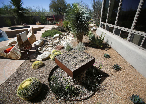 Homeowners to show gardens so visitors can snag some ideas