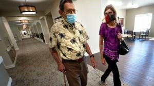 Tucson senior communities opening up after vaccinations, ending year of solitude