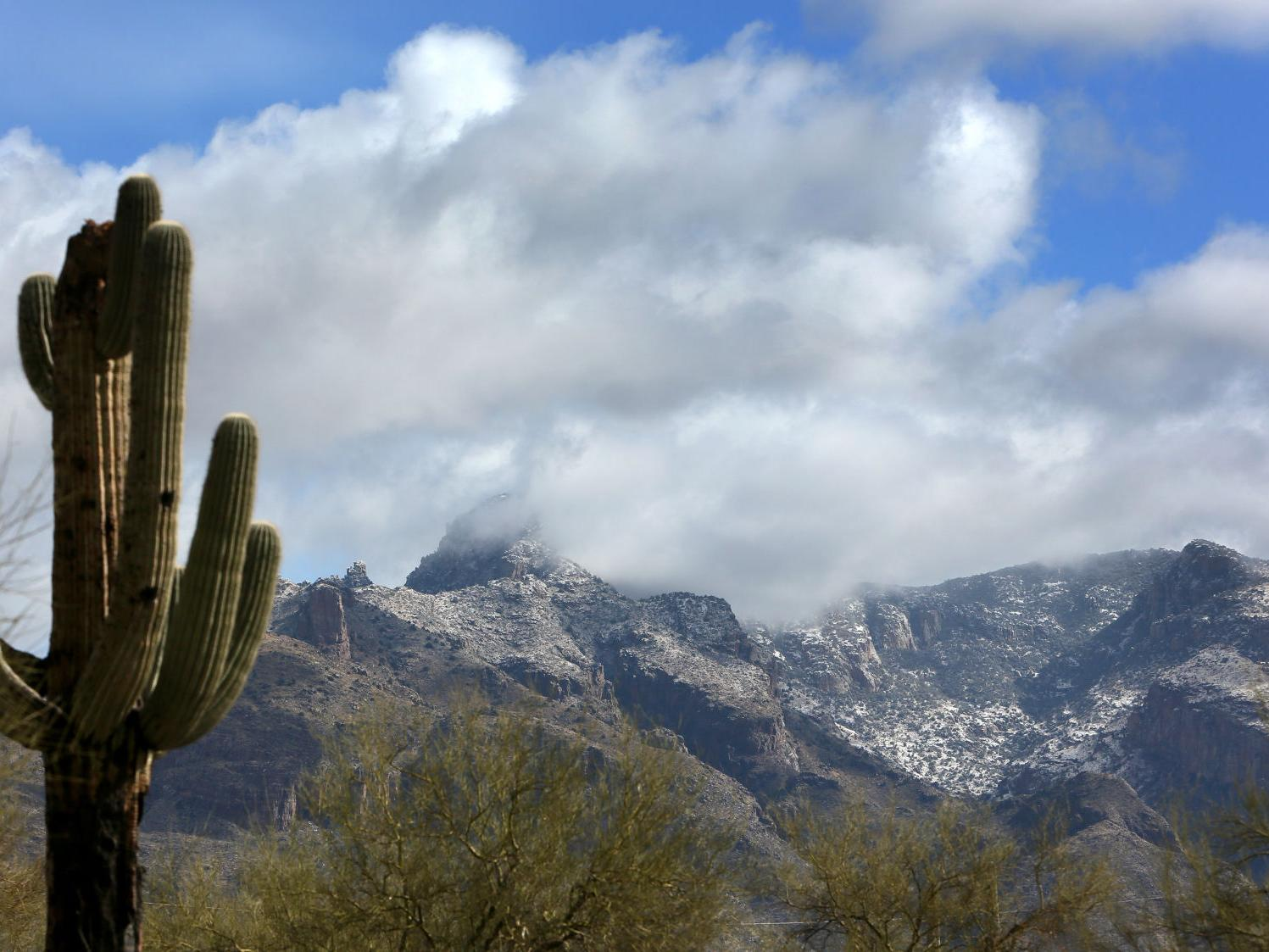 white new year s day snow levels in tucson to drop to about 2 500 feet local news tucson com snow levels in tucson