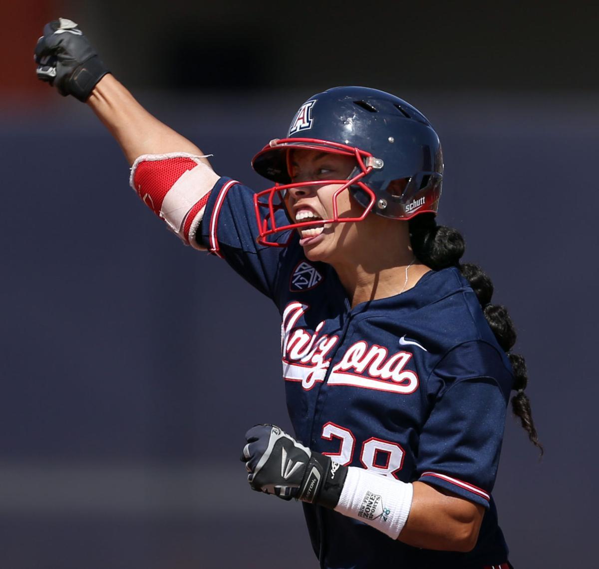 Best Arizona softball photos
