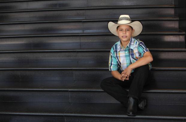 Gallo de Jalisco Busca recuperar la música mexicana