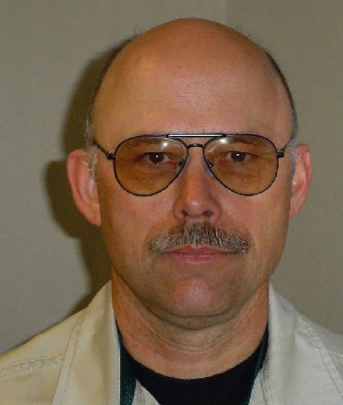 Suspected smugglers shoot deputy