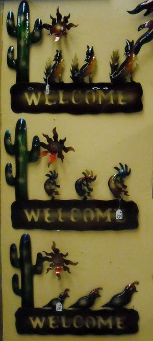 lawn art welcome signs.JPG