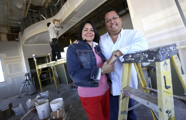 Latino couple find that Tucson is fertile ground for Dairy Queens