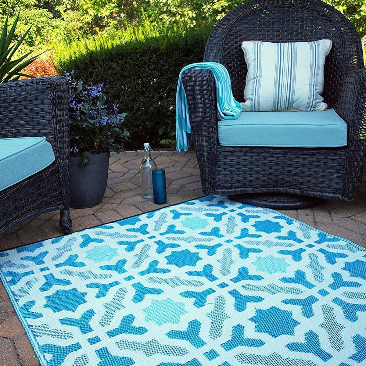 Outdoor Rugs Will E Up Your Patio