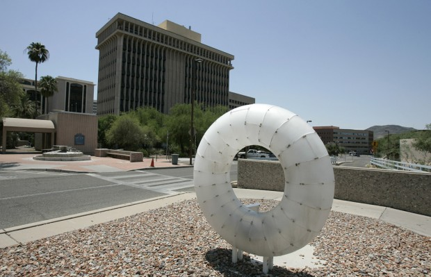 Tucson Oddity: Lighted 'Desert O' downtown provides new angle on round
