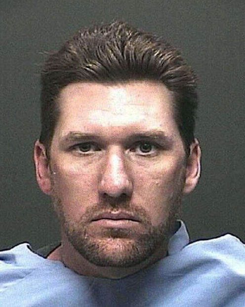 Tucson man accused of sending nude photos to girls