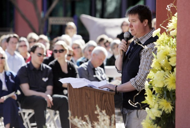 A fond goodbye to Giffords' 'go-to guy'