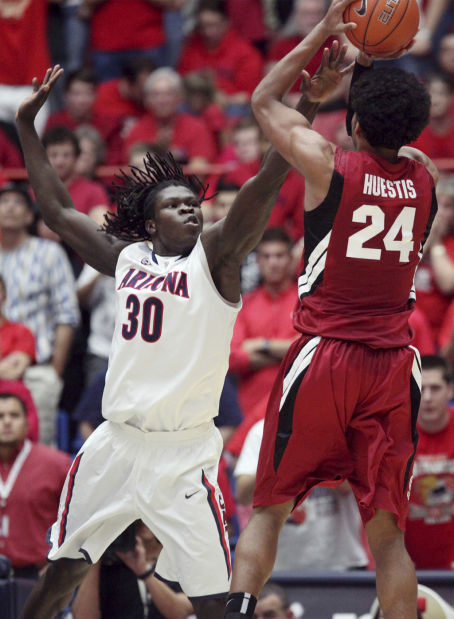 Arizona basketball: Little-used Chol answers the call