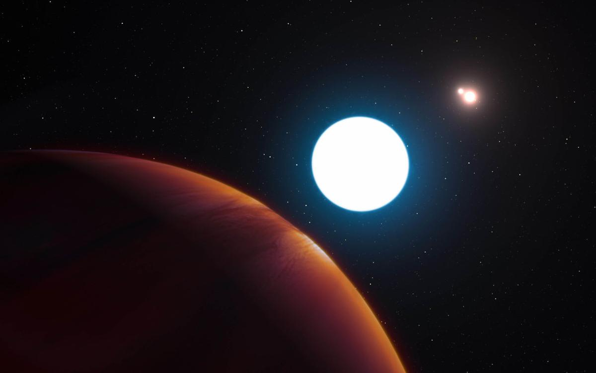 UA astronomers find planet with three suns