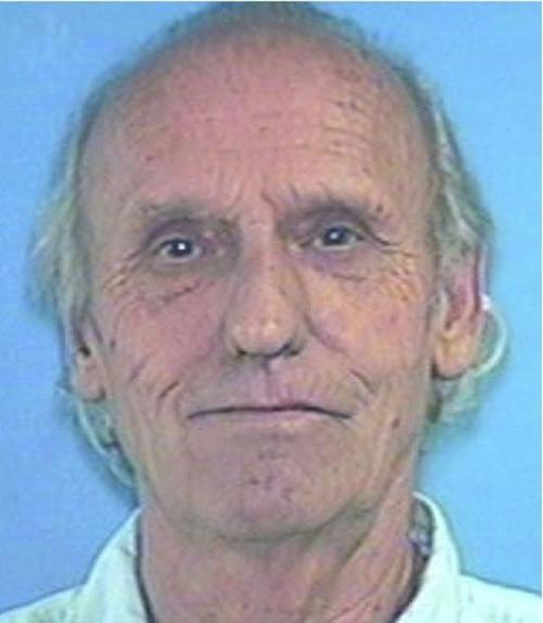 Convicted sex offender sought by US marshals