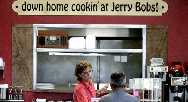 Jerry Bob's opens Catalina location