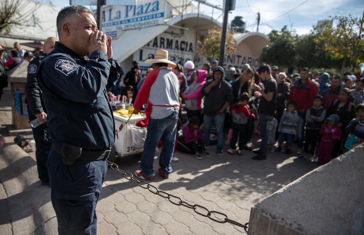 Asylum seekers in Nogales, Son.