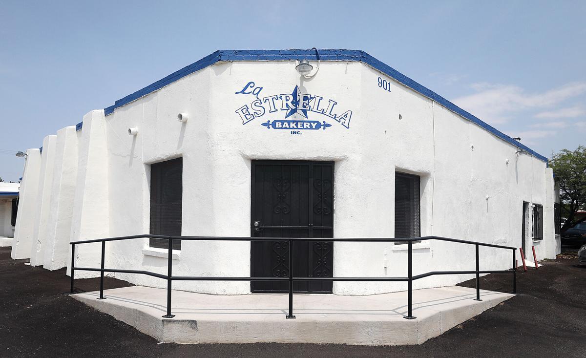 La Estrella Bakery on Grande for Atmospheric Piece (LE)