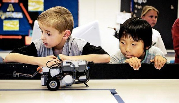Robots an automatic fit for students