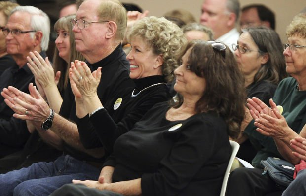 City OKs requirement for background checks
