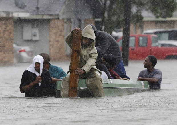 Slow-moving Isaac dumps more water on flooded La.