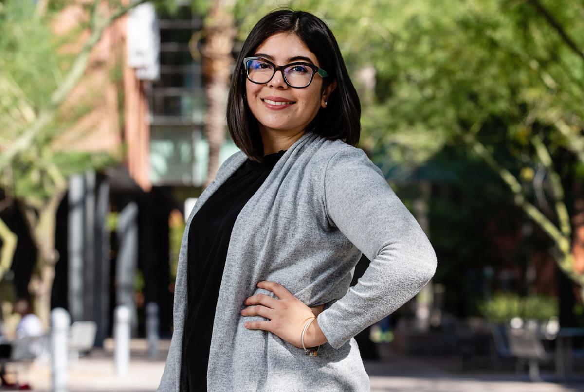 Selenne Yescas Volvió A Casa Para Ayudar A Prevenir