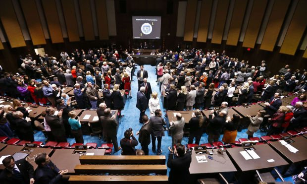 Arizona Lawmakers Face Host Of Issues In 2015