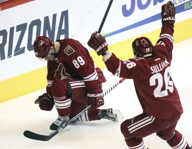Kings 4, Coyotes 2: LA wins first game as Phoenix defense falters