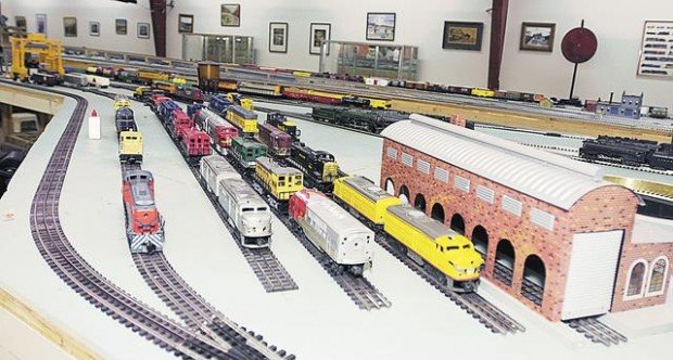 Trainspotting at a museum of miniatures