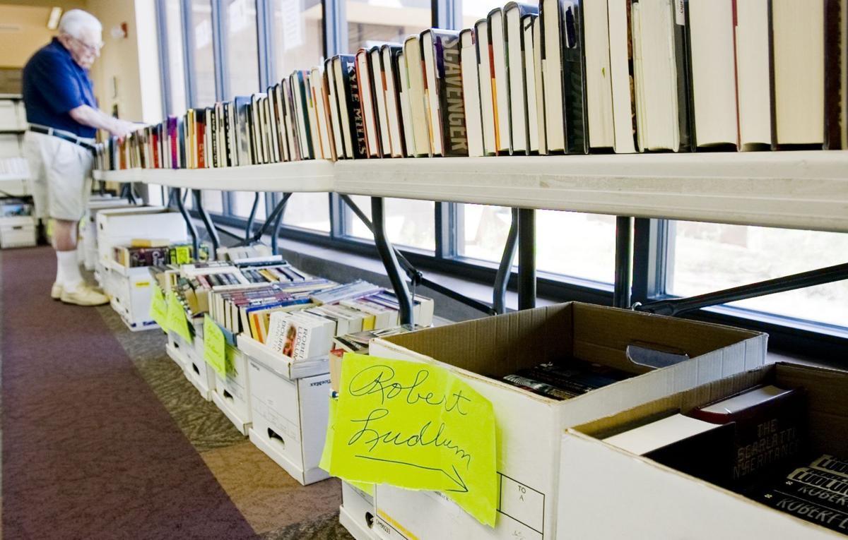 Oro Valley Public Library book sale