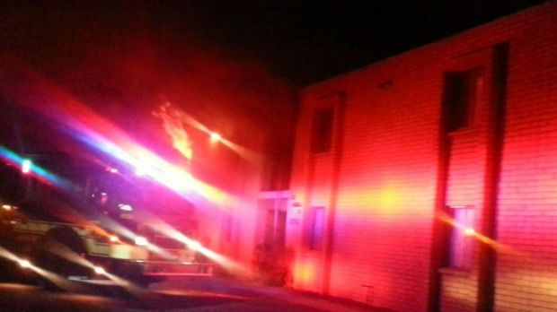 2 Tucson families displaced by fire