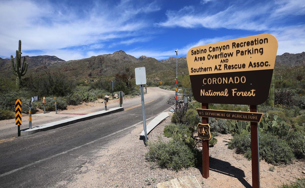Sabino Canyon parking