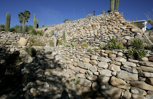 Tucson Oddity: 'Great Wall of Ina' is now a hidden gem