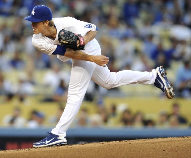 MLB Notebook: Beckett goes on Dodgers' DL as Greinke returns