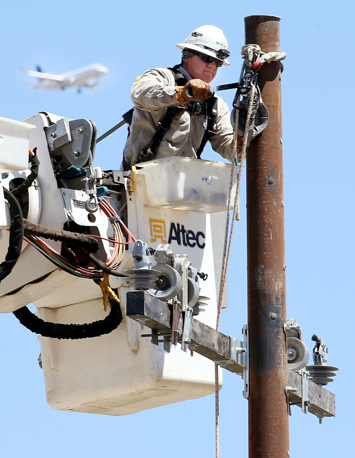 TEP service upgrades in Midvale Park
