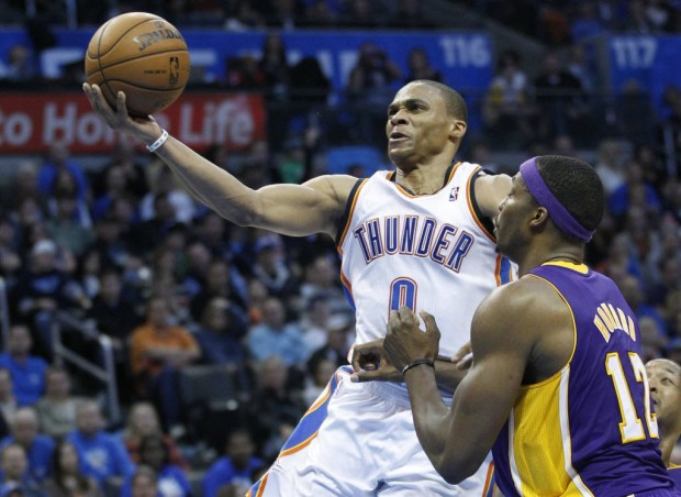 NBA: Thunder holds off Lakers