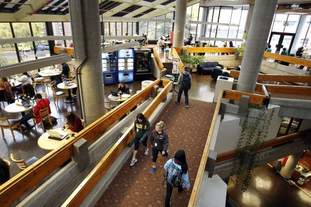 'Pay It Forward' plan would make tuition free at Ore. colleges