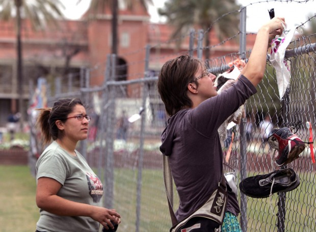Chain link fence at ua puts border in spotlight local