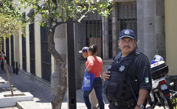 Anti-corruption test riles Mexican cops
