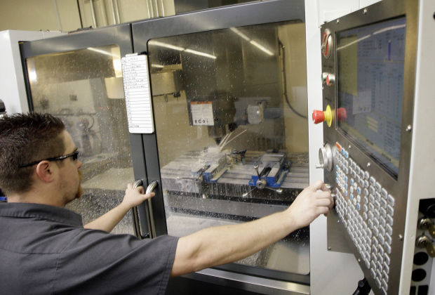 Tucson tech: Degree not needed to work in science-tech, report says
