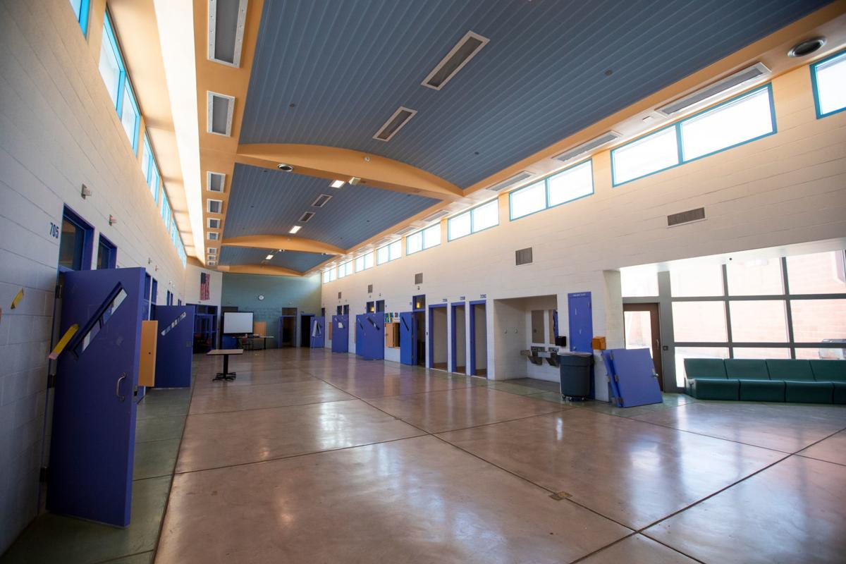 Two Tucson schools pushed as alternative sites for migrant families